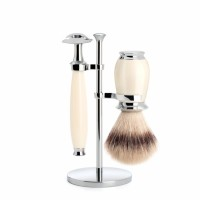 Shaving set of MÜHLE, Silvertip Fibre®, with safety razor, handle material made of high-grade resin ivory